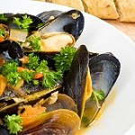 Steamed Mussels with Sake and Garlic